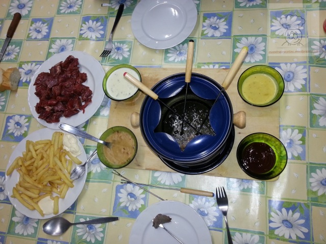 fondue carne